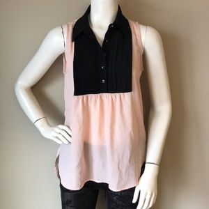 Woman's half sleeve monteau top size M